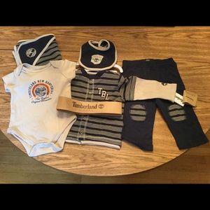 Timberland 5p Set 6-9 months Boy Layette Bodysuit